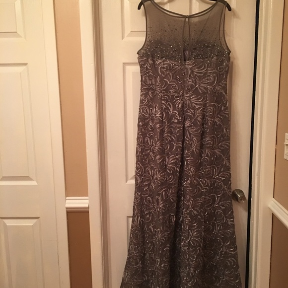 Ignite Dresses | Mother Of The Bride Or Groom Evening Gown Pewter ...